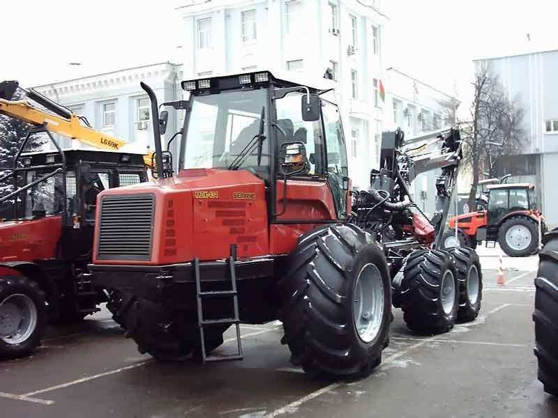 Лесовоз Трактор лесовоз Трактор для лесных работ Белорус  Трактор Беларус Минский трактор Беларус Лесовоз Трактор лесовоз Трактор для лесных
