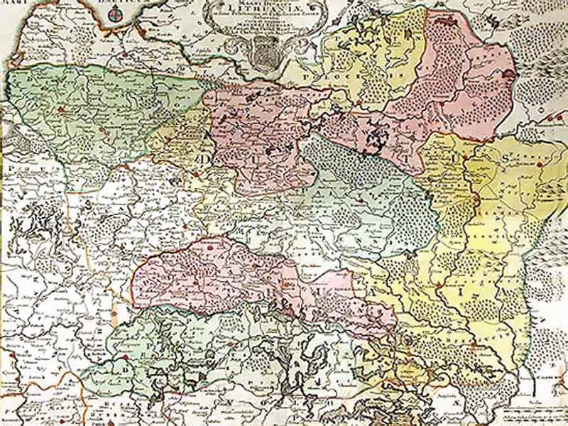 Карта Великого княжества Литовского И составил ее радзивилловкий  Несвижский замок Радзивиллов И что же мы видим взобравшись на башню Каскад заменитых прудов